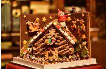 洋菓子コンテスト出展作品「お菓子の家」の展示1